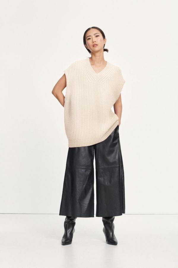 keiko-vest-11250-quicksand-samsc3b8e-samsc3b8e-womens-clothing-600x900