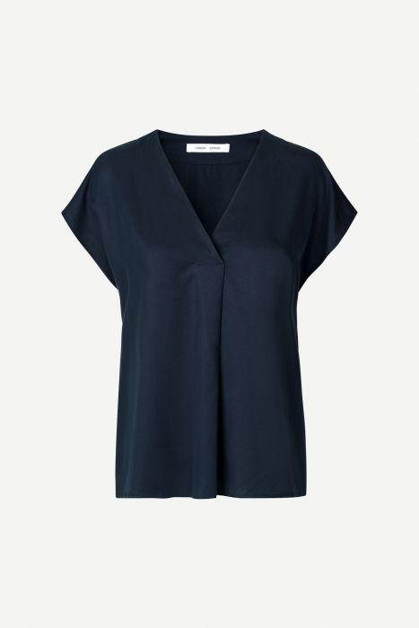 samsoe-and-samsoe-naisten-kangaspusero-himill-ss-blouse-14028-tummansininen-1